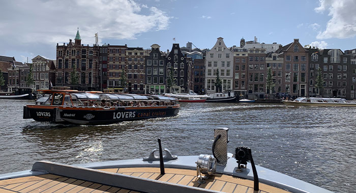 Plovidba po amsterdamskim kanalima