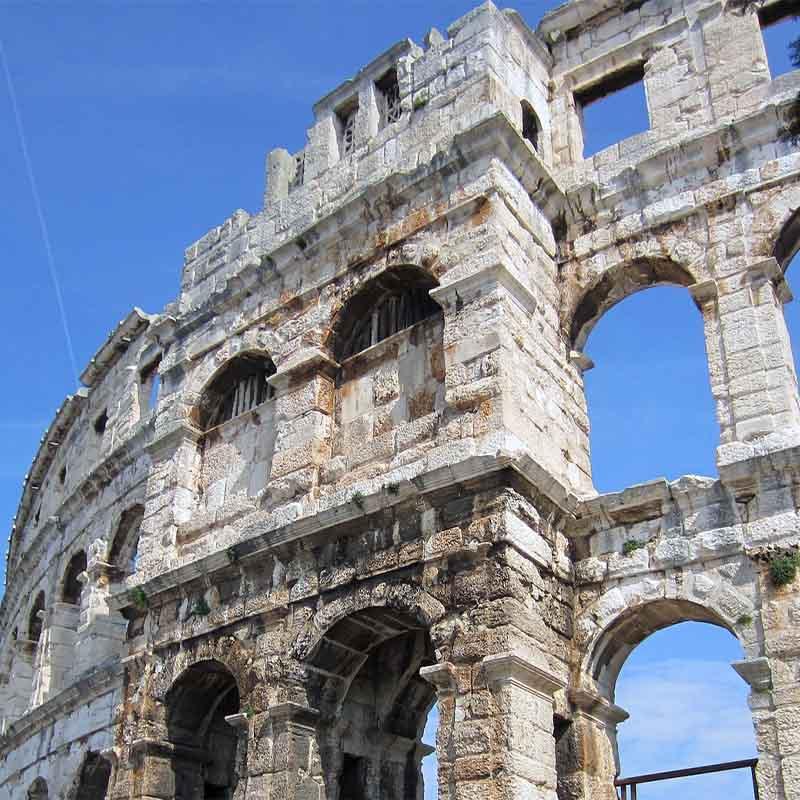 Tragovima Rimskog carstva