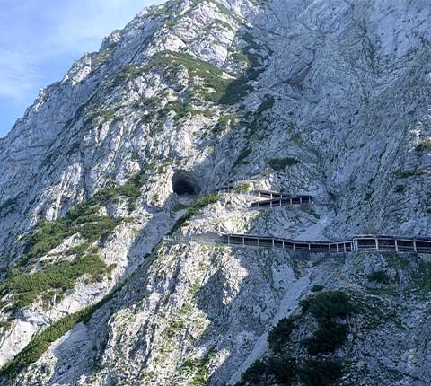 Najveća ledena špilja na svijetu: Eisriesenwelt u Austriji