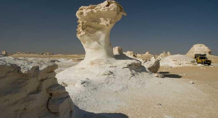 Bijela pustinja u Sahari, iskusite vreli Arktik!