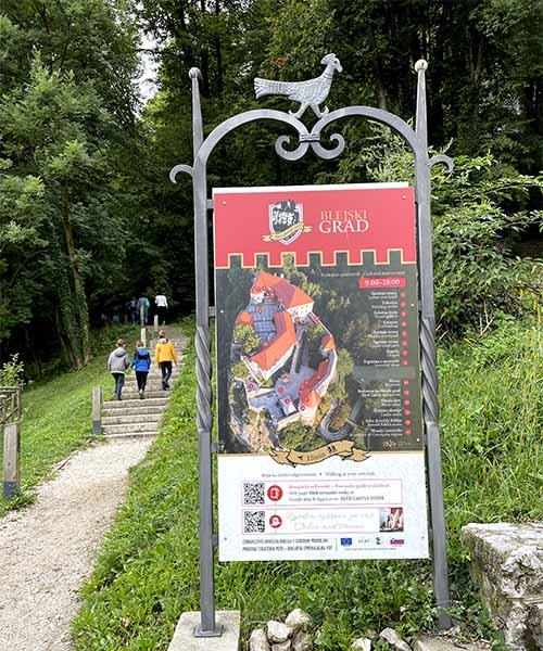 Obilazak dvorca u Bledu