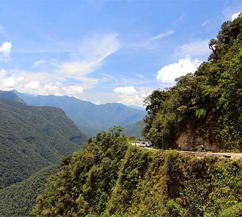 Cesta smrti u Boliviji: iskusite vožnju života na dva kotača