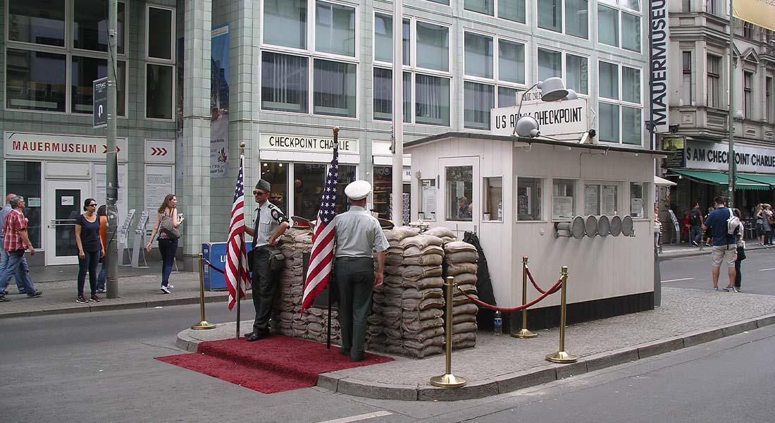 Checkpoint Charlie u Berlinu