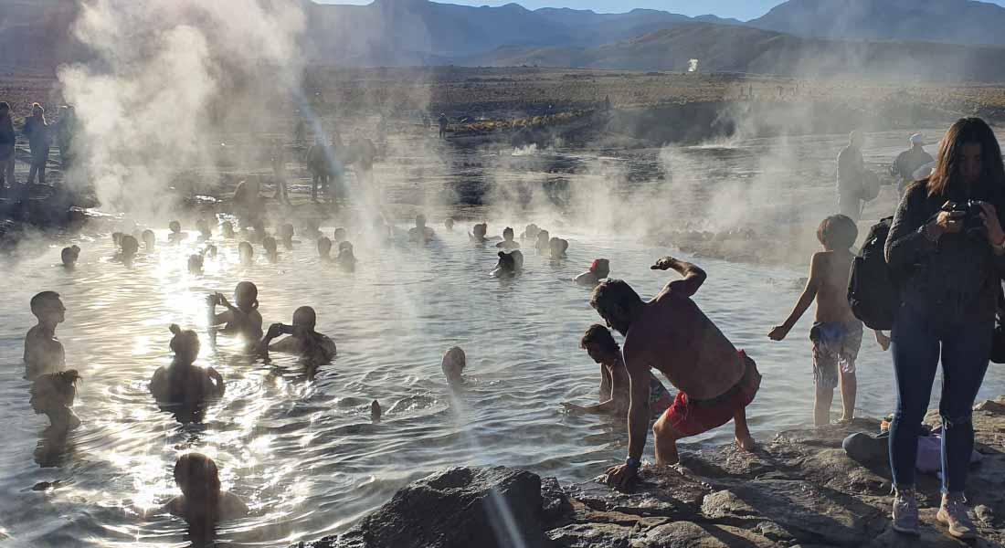 Kupanje u termalnim bazenima u Čileu