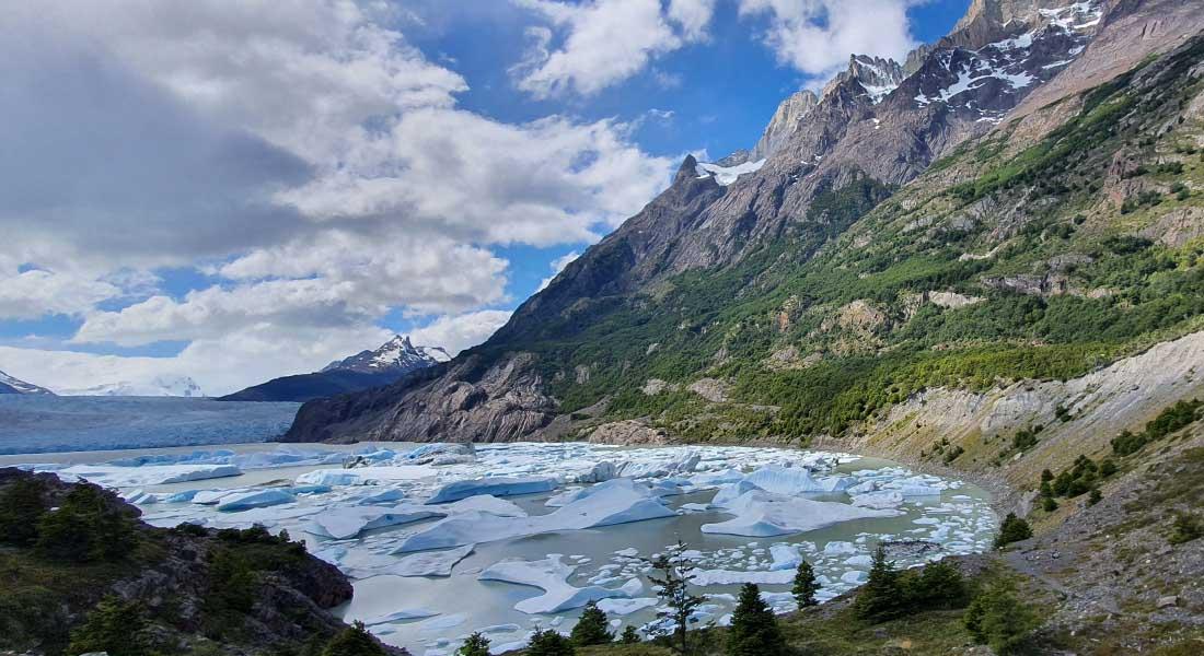 Lago Grey 2