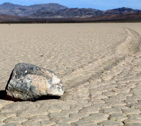 Fenomen: kamenje koje putuje u Dolini smrti