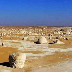 Bijela pustinja u Sahari: prespavajte ispod bezbroj zvijezda