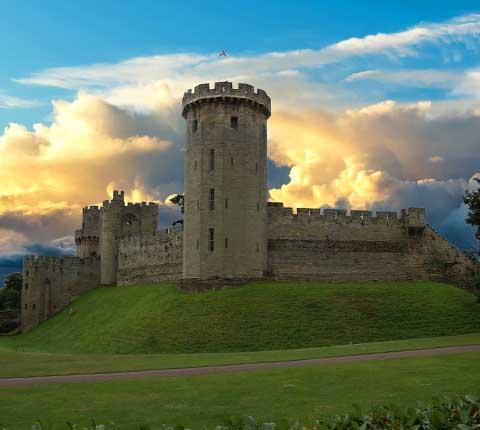 Dvorac Warwick, bajka na engleski način