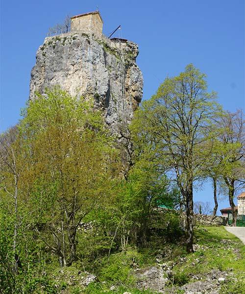 Crkva na stijeni