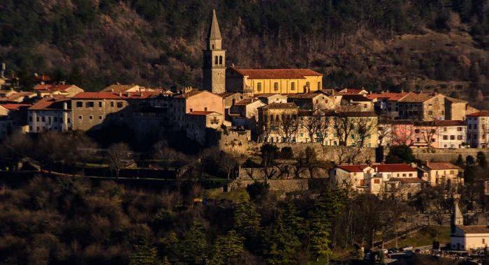 Stari grad Buzet: grad palača i obrtnika