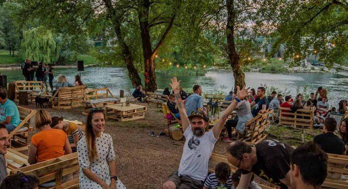 Super izlet iz Zagreba: Dnevni boravak na rijeci
