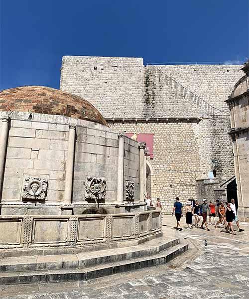 Velika Onofrijeva česma u Dubrovniku