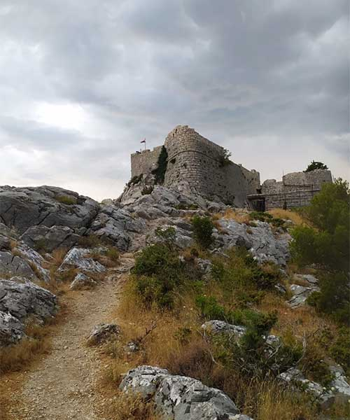 Tvrđava Fortica u Omišu