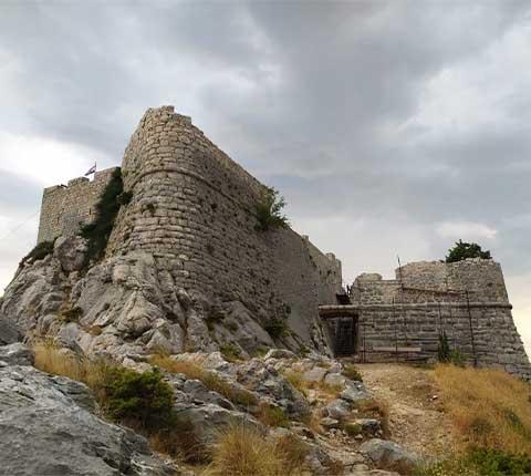 Fortica u Omišu: vidikovac za super fotke!
