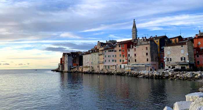 Obilazak Rovinja u jesen: šetnja po gradu razglednici