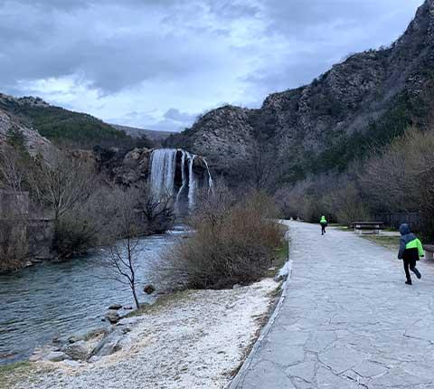 Slap Krčić kod Knina: znate li gdje izvire rijeka Krka?
