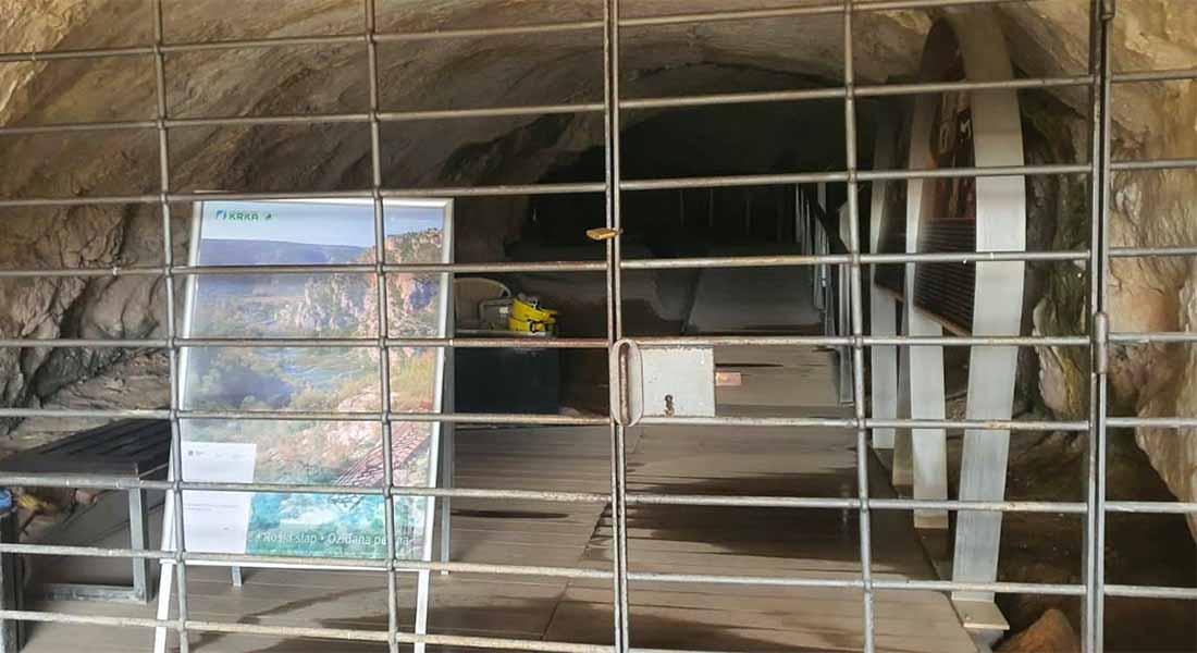 Oziđana pećina u NP Krka