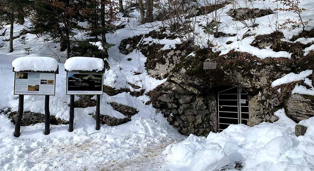 Ulaz u špilju Lokvarku