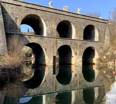 Izlet u Tounj: Tounjski most, špilja i šetnja uz rijeku