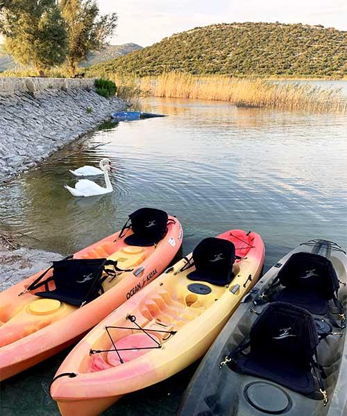 Kajaci na Vranskom jezeru