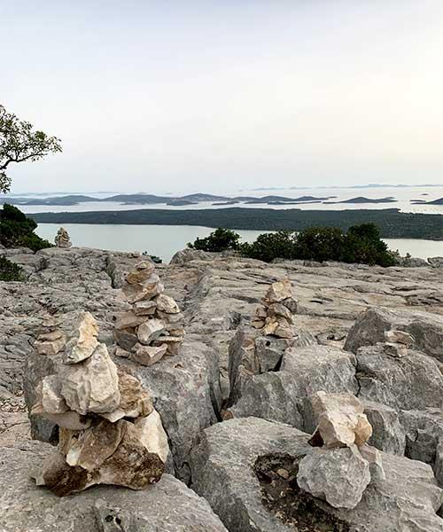Vidikovac Kamenjak na Vranskom jezeru
