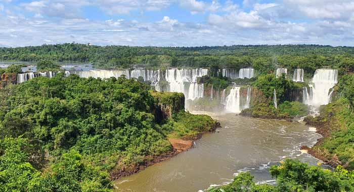 Obilazak slapova Iguazu: kako, kada i obavezno s kabanicom!