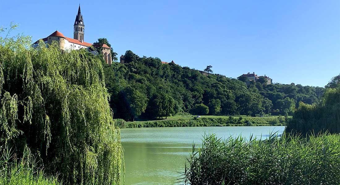 Pogled na Ilok i Dunavac
