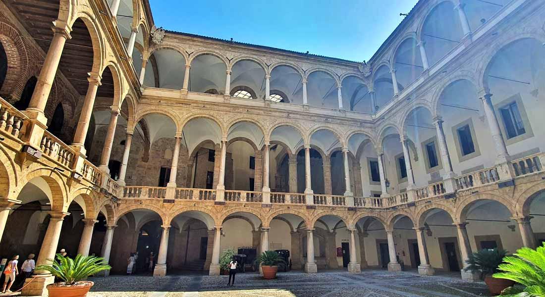 Obilazak palače u Palermu