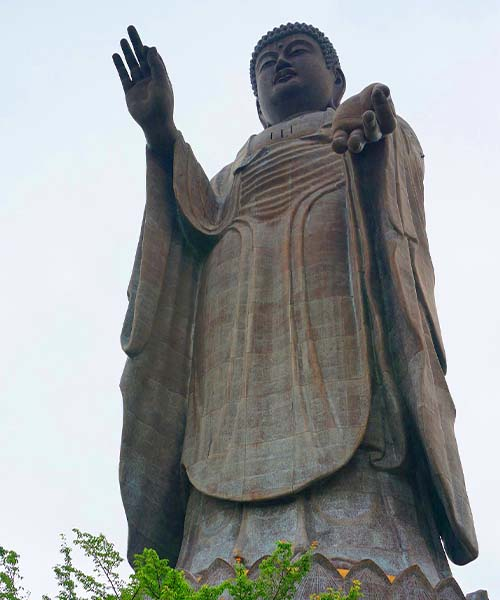 Ushiku Daibutsu u Japanu