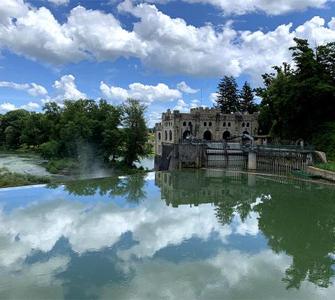 Izlet u Ozalj: dvorac, torta i kupanje u Kupi