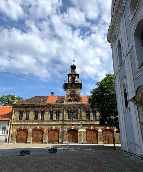 Vatrogasni dom u Slavonskom Brodu