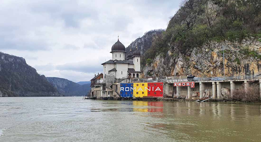 Plovidba Dunavom u Đerdapskoj klisuri