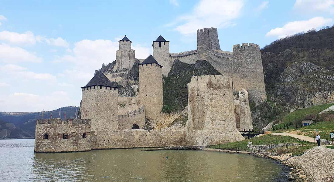 Utvrda Golubac u Srbiji