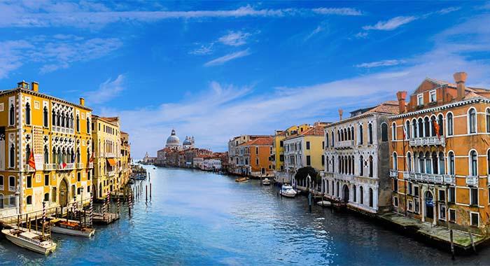 Venecija- romantika uz gondole