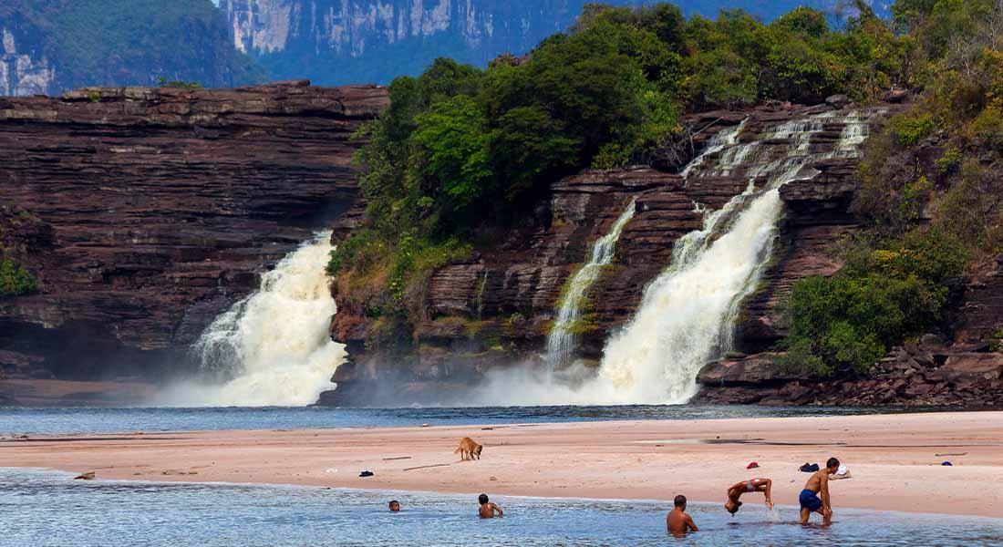 Laguna Canaima u Venezueli