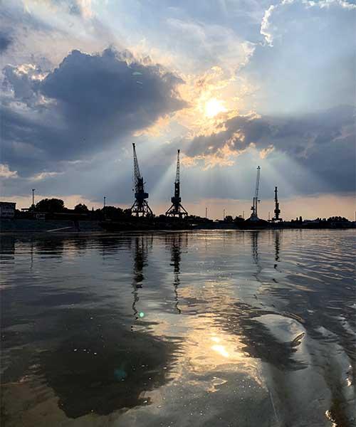 Luka na Dunavu